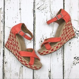 Toms Espadrille Wedge Strappy Heels Coral Sz 6
